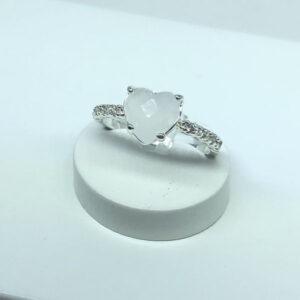 Anel Coração Pedra Quartzo Branco Folheado a Prata